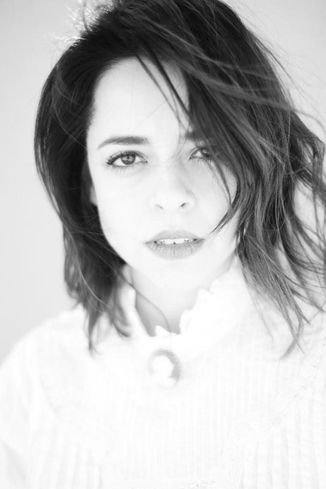 Emma Ramos - Actress